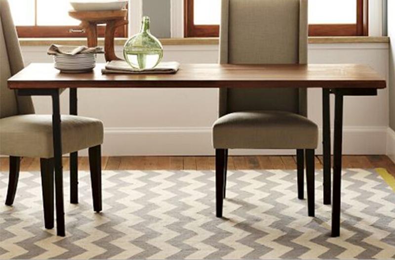 烤漆铁艺框架实木餐桌 美式工业风桌椅 西餐厅多人位图片